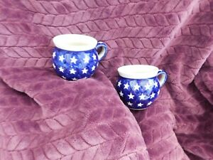 Boleslawiec Polish Pottery Set of 2 Mugs Cups Blue Stars Displayed VGU