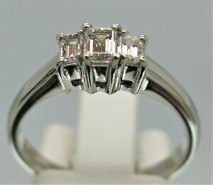 Platinum Diamond Emerald 3 Stone Ring