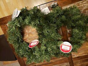 2 Christmas Pre-Lit Scottsdale Artificial Wreath Decoration Clear Lights
