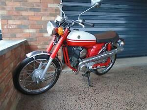 YAMAHA YB-1 RETRO FSIE 1998 SUPER COOL TWO STROKE AUTOLUBE MUST SEE IN RED