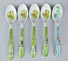 Melamine 5 pieces of kitchen utensils Use for children and a coffee spoon.