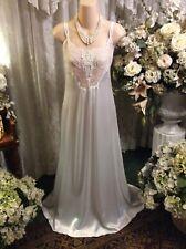 Remarkable ~ Vtg Lady Cameo Dallas White Liquid Satin w/Lace Nightgown ~ Sz M