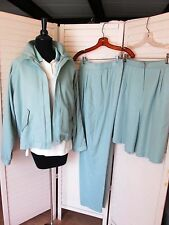 4-Piece Women's Golf Outfit NWT Size 10 Medium Jacket Shirt Shorts Pants NEW
