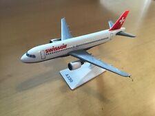 Airbus A-320 Swiss Air - Miniature flight - 1:200 scale model