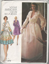 Oscar de la Renta Wedding Dress Vintage Vogue Americana Sewing Pattern Ruffled