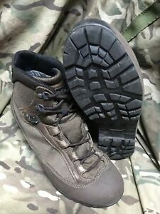 Brown high Liability goretex AKU Boots!british Army Issue!grade 1!Size 8 Large