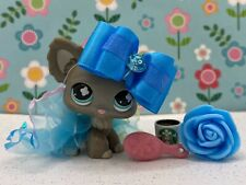 Authentic Littlest Pet Shop # 836 Gray Grey Chihuahua Blue Eyes w Outfit