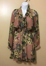 Vestido corto para mujer, mangas larga, estampado floral.
