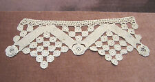 "Vintage Crown Shaped  Flower Crochet Doilie 14"" x 6"""