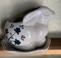 CDP Natural White Clay Handmade Bunny Rabbit Planter w/Saucer Vintage