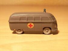 """Wiking unverglast """"Krankenwagen Typ 4 VW Bus"""", Nr. 258/5 A in betongrau"""