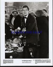 JAMES BOND A VIEW TO A KILL ROGER MOORE ORIGINAL 1985 8X10