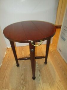 """Vtg Walnut wood Dual double Drop Leaf Round Table Space saver Folding 16 ½"""" wide"""
