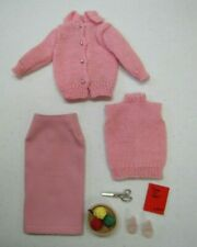"""Vintage Barbie Doll #957 """"KNITTING PRETTY"""" Pink Complete Original Outfit 1960's"""