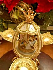 Gold Goose Egg, lace beads music box,style,carosel moving horse,art-deco
