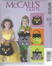 McCALL'S SEWING PATTERN HALLOWEEN TREAT BAGS   M7210
