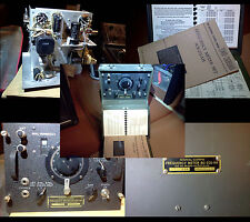 Signal Corps Frequency Meter WWII / WW2 dated 1943 with manuals