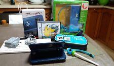 """Consola """"NEW"""" Nintendo 3DS XL - Azul Metálico - Con 3 juegos teclado funda"""