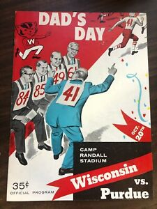 WISCONSIN PURDUE OFFICIAL COLLEGE FOOTBALL PROGRAM 1956 VERY GOOD CONDITION