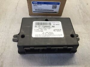 2005-2006 Ford Expedition OEM Tire Pressure Monitoring Module 5L1Z-15604-AB