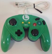 Wii U Luigi Green Controller Nintendo Wired Fight Pad  GameCube Virtual Console