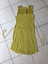 Robe H&M Taille M couleur jaune moutarde,curry très bon état