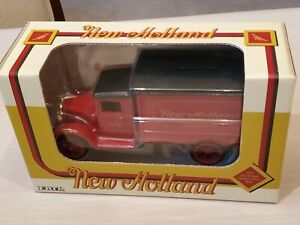 NEW IN BOX Ertl 1931 New Holland Hawkeye Truck Bank 1/34 Scale DieCast Model Car