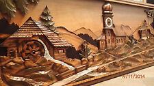 Wandrelief Holzrelief Motiv Schwarzwald mit Uhr und Spieluhr geschnitzt Holz