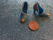 FASHION DOLL FANCY BLUE & GOLD ORNATE SHOES TOO BIG FOR BARBIE