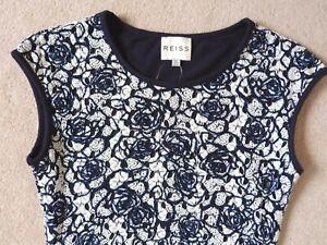 REISS DRESS  RALLI  SMART WHITE & NAVY BLUE LACE BODY CON DRESS  Size UK 4 VGC