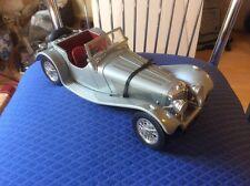 Jaguar SS100 del 1937 burago 1:18