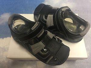 Pediped Flex Brody V Leather Fisherman Sandal Size 27 / US Toddler 10-10.5