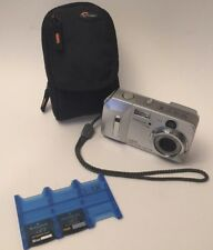 Olympus CAMEDIA D-595 5.0MP Digital Camera - Silver With 2 16 MB xD cards & Case