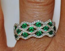 SPECTACULAR EMERALD AND DIAMOND RING IN 8KT WHITE GOLD