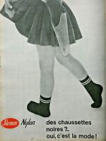 PUBLICITÉ DE PRESSE 1961 STEMM NYLON DES CHAUSSETTES NOIRES OUI C'EST LA MODE