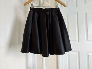 "Skirt "" River Island"" Black Colour Size: 6 ( UK ) Eur 32"