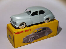Peugeot 203 berline  ref 24R / 24 R 533 au 1/43 de dinky toys atlas / DeAgostini