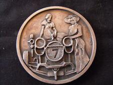 Médaille Salon Auto 1983 Marseille emblème femme ailée  femmes voiture ancienne