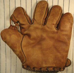 Very Rare 1920's-30's Eddie Rommel Denkert split finger baseball glove Phil. A's