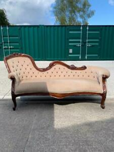 Antique Mahogany Victorian Style Chaise Lounge