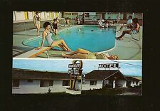 1960's Rambler Motel Pueblo Colorado Postcard Pool View Swimsuit Models Unused