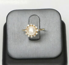 Ladies 14kt Gold Pearl & Diamond Ring 2.8 Grams Size 7