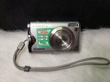 Fujifilm FinePix F20 6.3MP Digital Camera - Silver