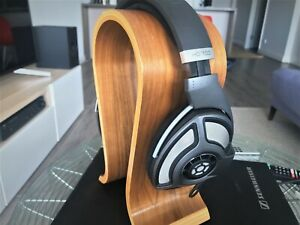 Sennheiser HD 700 , boxed with Extra cable, adapter - Excellent Condition  HD700