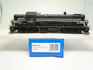 Bachmann Ho 64211 Alco RS-3 locomotive, NYC 8295, DCC, for repair