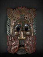 Ancien vintage masque africain sculpture main sur bois massif , polychrome