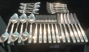 """Elkington & Co Silver Plated 30 Piece Cutlery Set """"Westminster"""" 1960,s"""