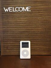 Apple iPod classic 4th Generation White (20 GB) Works With New Battery!