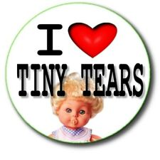 I LOVE (HEART) TINY TEARS BADGE ~ 25 mm BUTTON BADGE OF 1960'S/70'S TOY DOLL