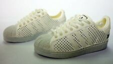 Mini Kicks 1/6 Adidas White on White (Action Figure Shoes) - SOA-13-20